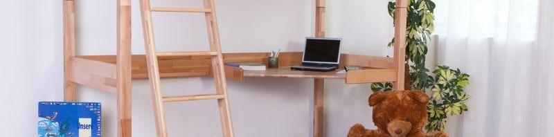 Linilou Hochbett Renate in Kernbuche Natur geölt mit integrierten Schreibtischplatte